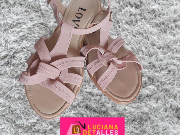 Sandalias color rosado
